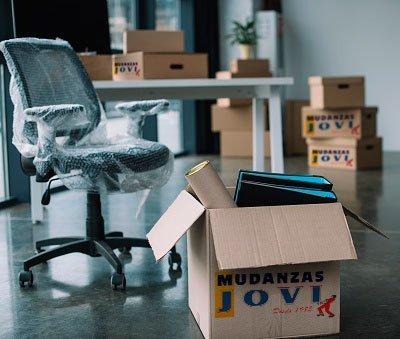 Mudanzas y traslado de mobiliario y equipos de oficina